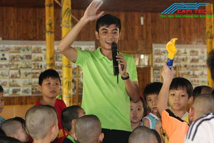 Trung tâm nhân đạo làng tre