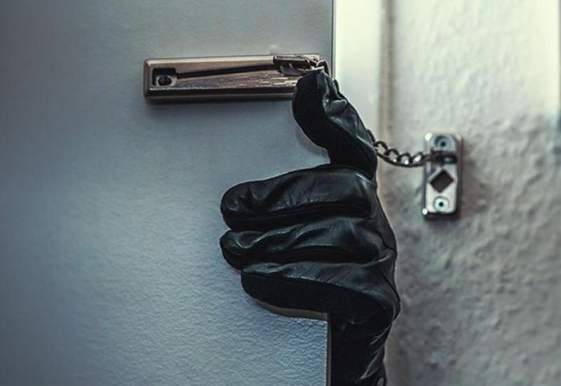 Hình 4: Hỏi chuyện người thân ăn trộm tiền phải tinh tế